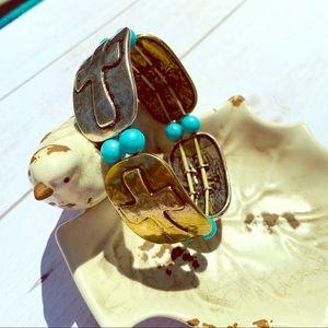 Jewelry - Elastic tarnished metal turquoise bracelet